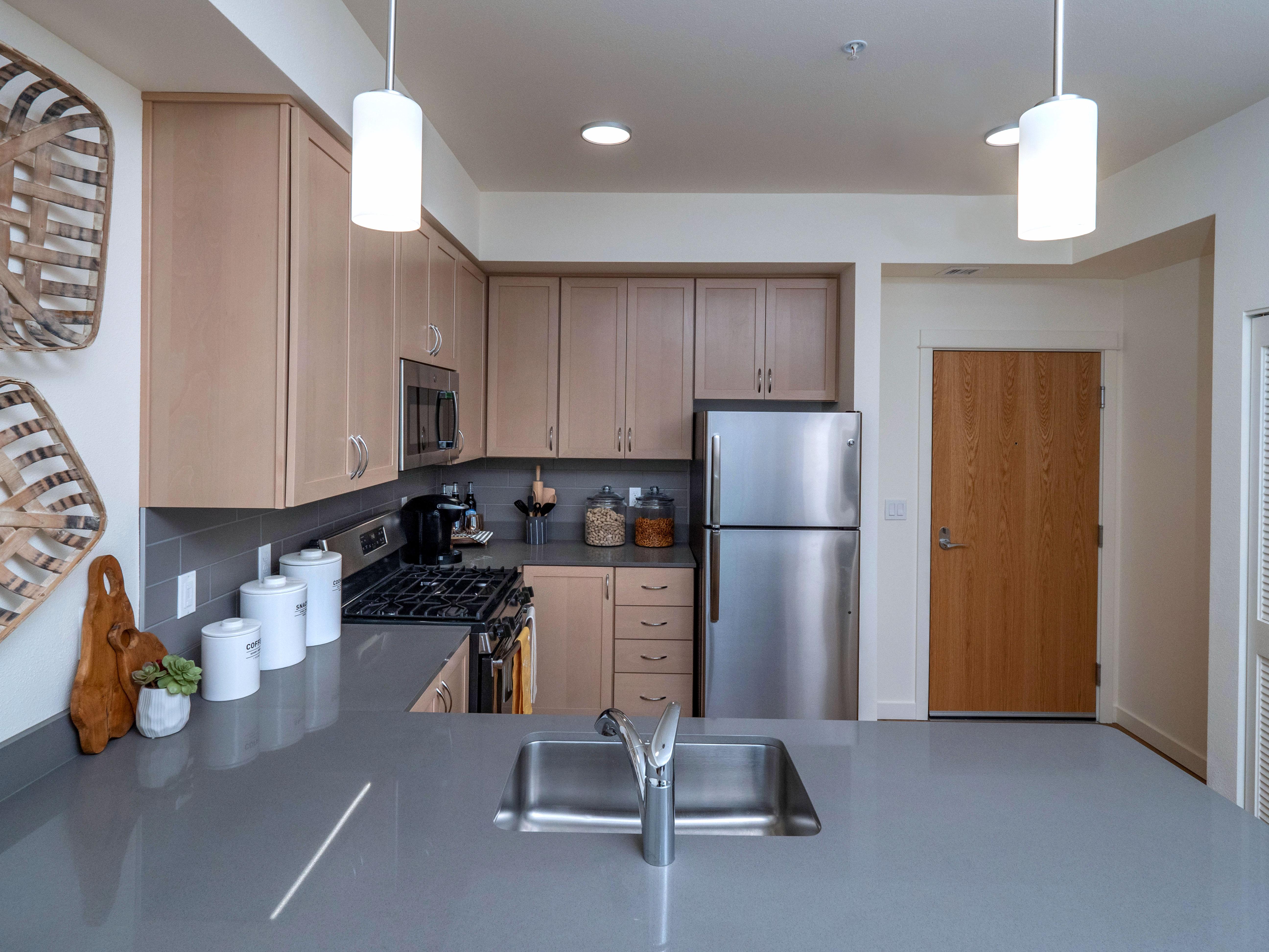 Amazon Corner Apartments Kitchen