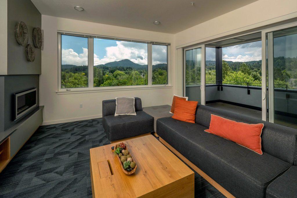 amazon corner guest lounge